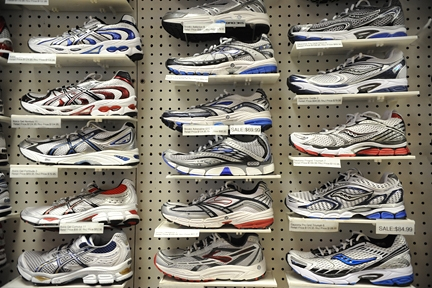199_Racket_and_Jog _ 3 rows of sneakers_